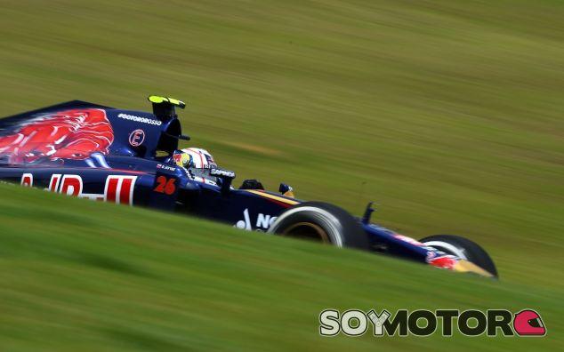 Daniil Kvyat en el circuito de Interlagos - LaF1