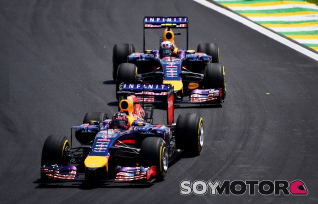 Sebastian Vettel y Daniel Ricciardo en Brasil - LaF1