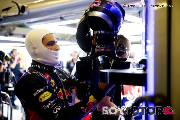 Carlos Sainz en los últimos test de Abu Dabi - LaF1
