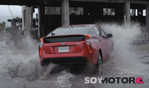 El Toyota Prius nos deja imágenes espectaculares - SoyMotor