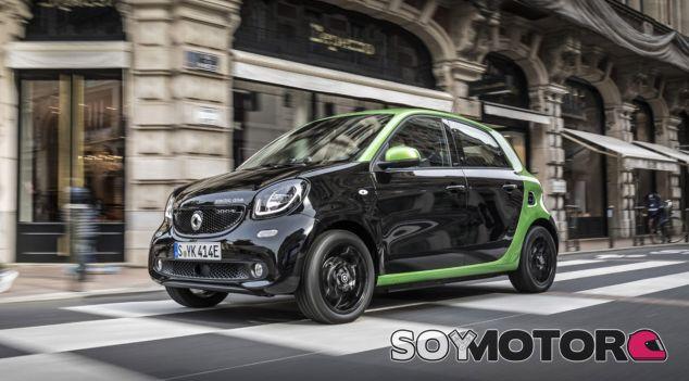 Smart presentó en 2016 su renovada gama 'Electric Drive' con los ForTwo coupé, ForTwo Cabrio y ForFour - SoyMotor