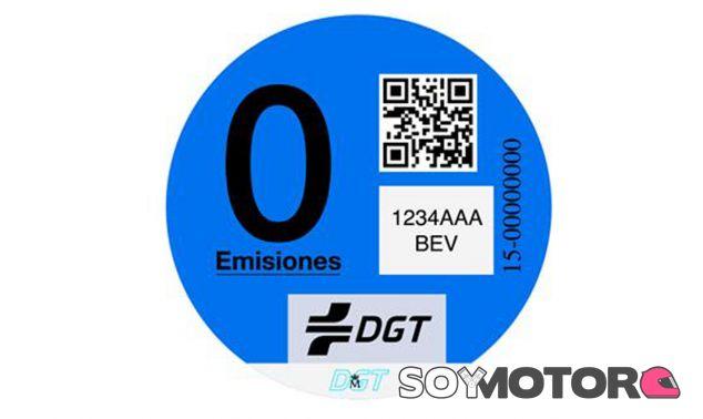 Esta el distintivo azul para los vehículos de 'Cero emisiones' - SoyMotor