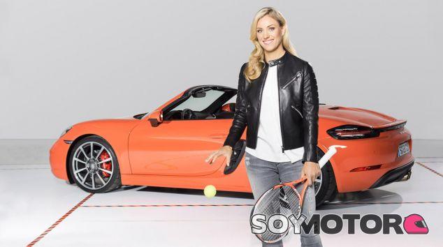 Angelique Kerber ya ejerce de embajadora de Porsche y posa con sus coches - SoyMotor