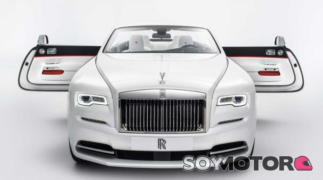 El Rolls Royce Dawn se viste de gala - SoyMotor
