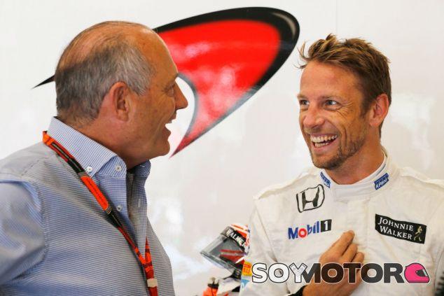 Button ha hablado recientemente con Ron Dennis para clarificar su futuro - LaF1