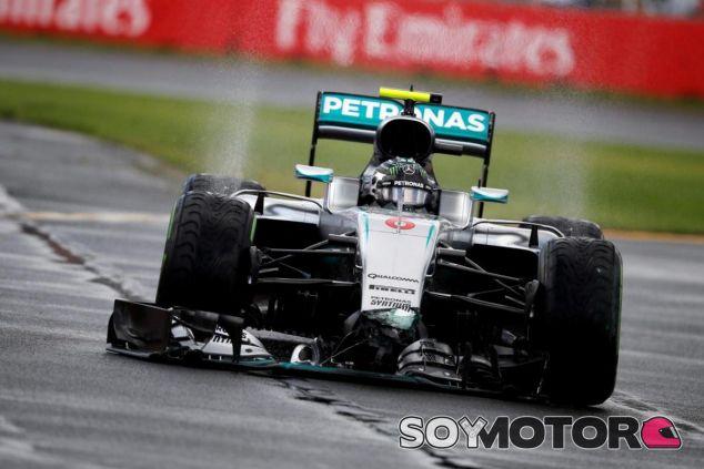 Rosberg rompió el nuevo morro de Mercedes - LaF1