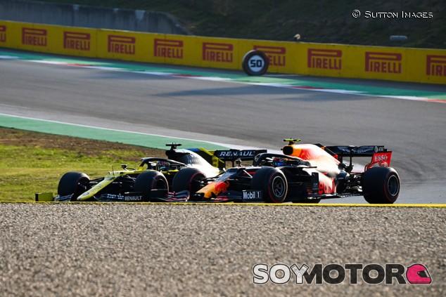 """Ricciardo lamenta el podio que se le escapó en Mugello: """"Duele"""" - SoyMotor.com"""