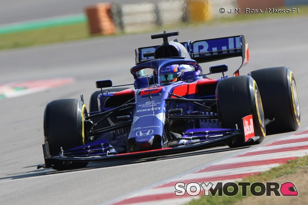 Alexander Albon en el Circuit de Barcelona-Catalunya - SoyMotor