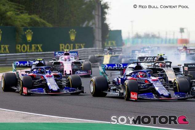 Daniil Kvyat y Alexander Rossi en el GP de Hungría F1 2019 - SoyMotor.com