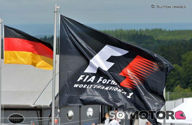 Banderas de la F1 y de Alemania en Nürburgring - SoyMotor.com