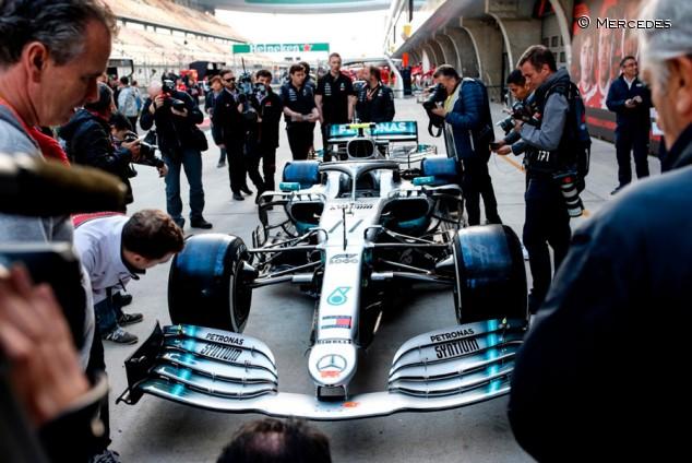 La FIA prohíbe el nuevo alerón delantero de Mercedes de China - SoyMotor.com