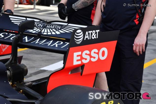 Red Bull encontró grietas en sus alerones traseros en Silverstone - SoyMotor.com