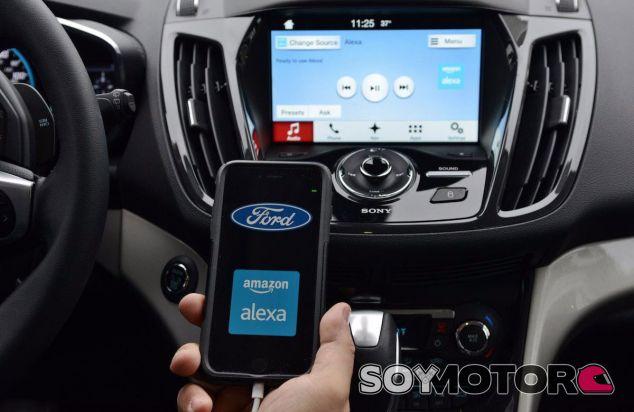 Amazon libera el software Alexa para que llegue a todos los coches - SoyMotor.com