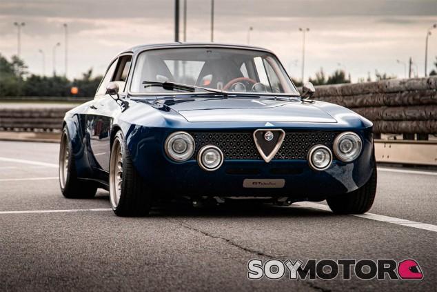 Totem Alfa Romeo Giulia GTAm - SoyMotor.com