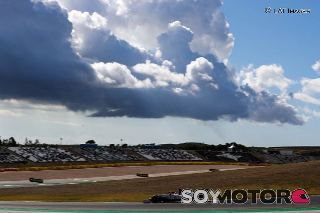 Alfa Romeo en el GP de Portugal F1 2020: Viernes - SoyMotor.com