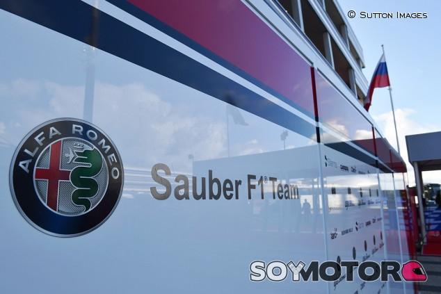 FCA tiene la opción de comprar Alfa Romeo Racing