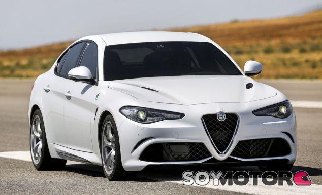 El Giulia Quadrifoglio Verde es la joya de la corona de la actual gama de Alfa Romeo - SoyMotor