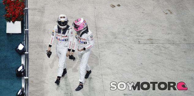 McLaren retrasa la decisión sobre sus pilotos para 2015