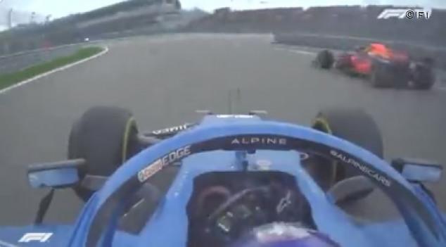 Alonso disfruta: los adelantamientos de Rusia que no se vieron  - SoyMotor.com