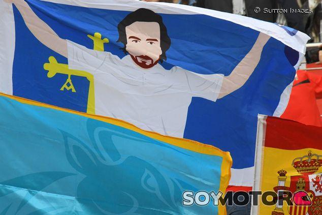 Bandera en apoyo de Alonso en China - SoyMotor.com