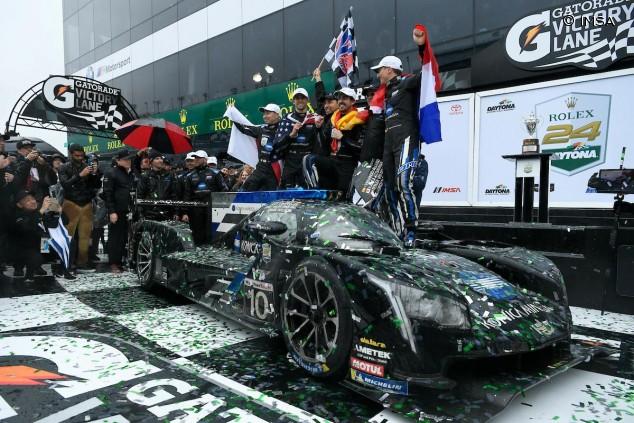 Kobayashi, Taylor, Alonso y Van der Zande celebran su victoria en Daytona - SoyMotor