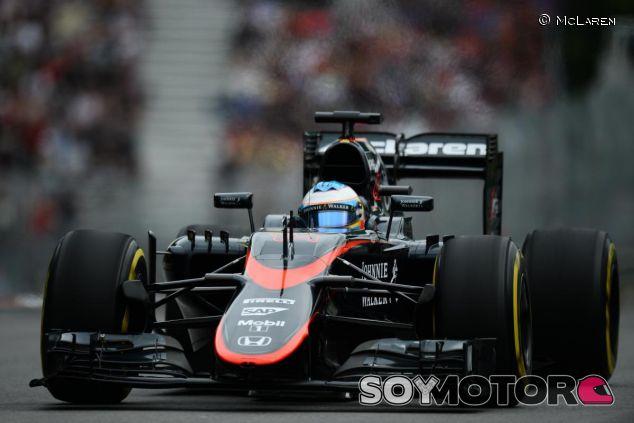 Fernando Alonso con el McLaren - LaF1