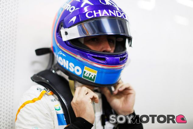Fernando Alonso en Shanghái - SoyMotor.com