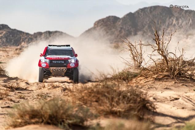 Al Ula-Neom Rally: Alonso, podio provisional por abandono de un rival - SoyMotor.com