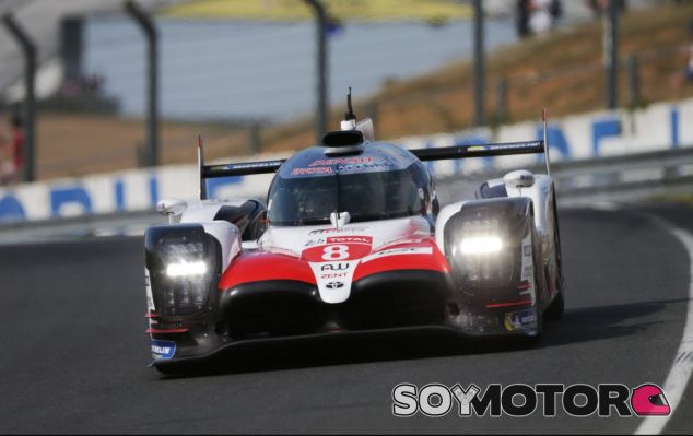 Toyota número 8 en Le Mans - SoyMotor.com