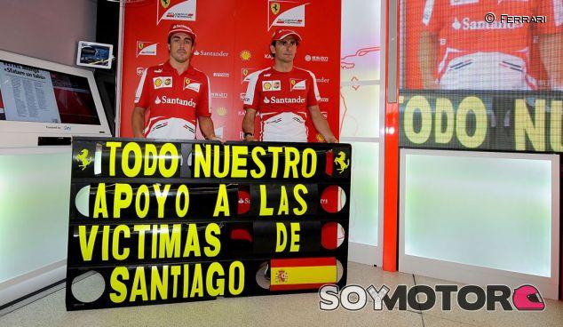Homenaje de Ferrari a las víctimas de Galicia, con Fernando Alonso y Pedro de la Rosa