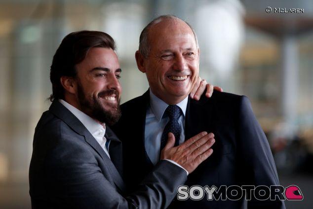 Fernando Alonso y Ron Dennis el día de la presentación de McLaren - LaF1