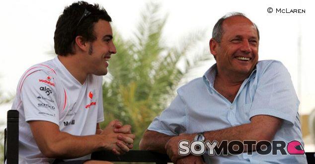 Alonso y McLaren desmienten su vinculación para el 2015