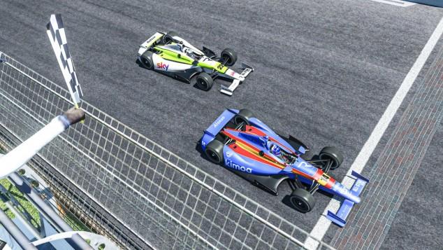 Fernando Alonso y Jenson Button en Indianápolis virtual - SoyMotor.com
