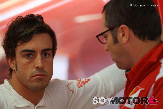 Fernando Alonso y Stefano Domenicali en Hockenheim en 2012 - SoyMotor.com