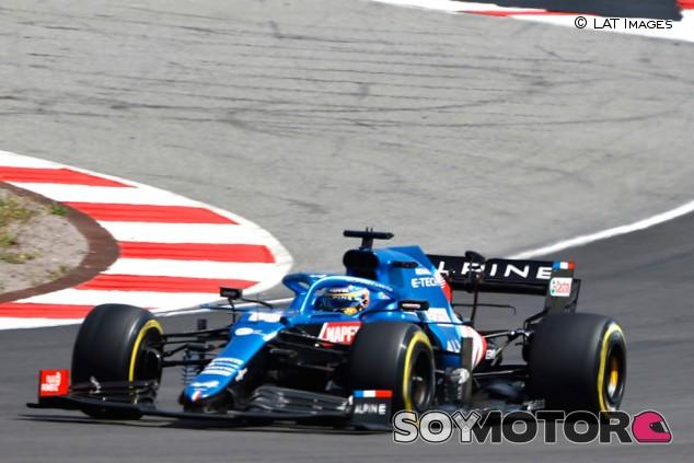 """Alonso, dos Top 10 y un 'borrón' en Baréin: """"No puedo pedir más"""" - SoyMotor.com"""
