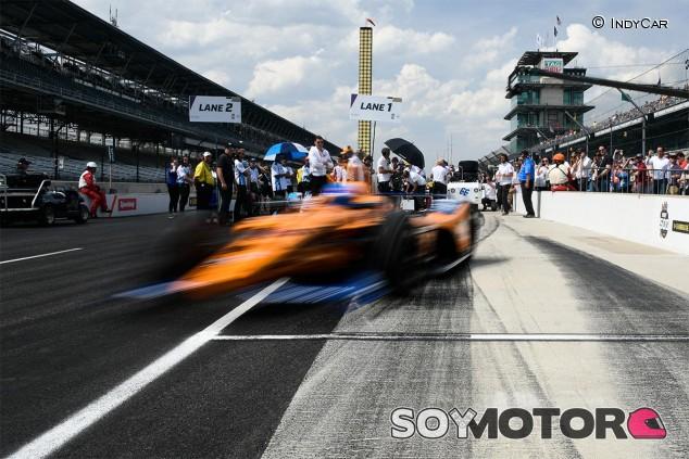 Fernando Alonso en Indianápolis, imagen de archivo - SoyMotor.com
