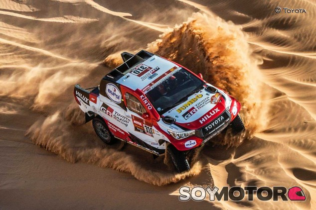 Dakar 2020, Etapa 8: Alonso coquetea con la victoria; Sainz pierde terreno - SoyMotor.com