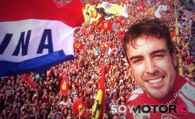 Alonso en el podio de Italia 2013 - LaF1