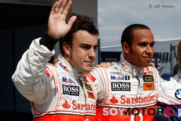 """Alonso, sobre 2007: """"Con Hamilton no pasó nada, era más con el equipo"""" - SoyMotor.com"""