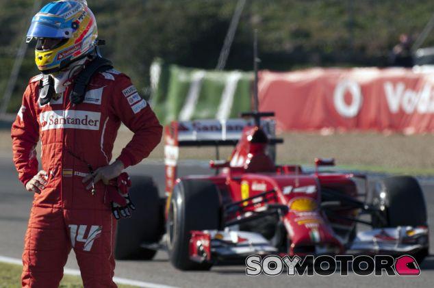 Fernando Alonso durante los test de Jerez en 2014 - LaF1es