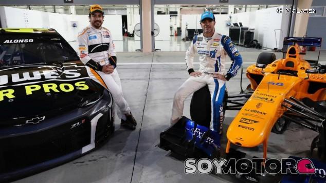 """Alonso está """"muy interesado"""" en correr la Nascar, según Toyota - SoyMotor.com"""