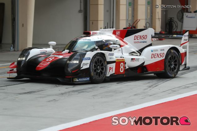 Fernando Alonso durante su test con Toyota el pasado noviembre - SoyMotor.com
