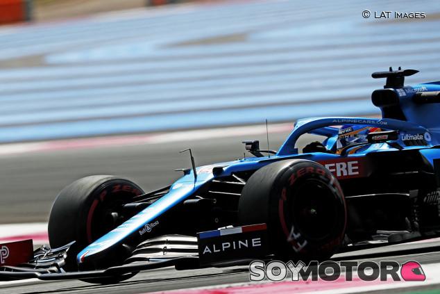 Alonso se 'cuela' entre los grandes en los Libres de Francia - SoyMotor.com