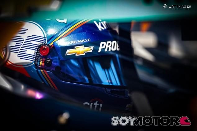 Fernando Alonso en Indianápolis - SoyMotor.com