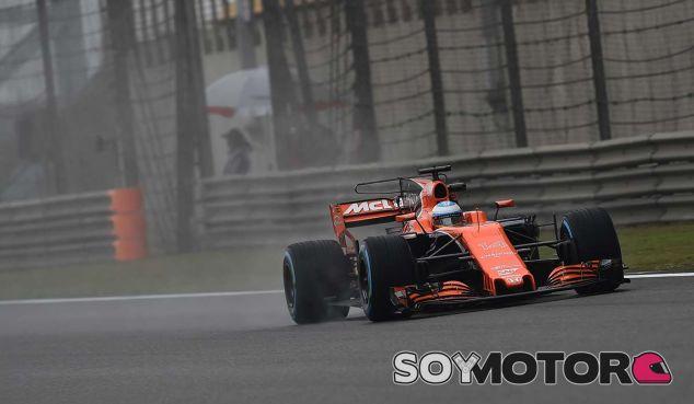 Fernando Alonso en los Libres 1 de China - SoyMotor