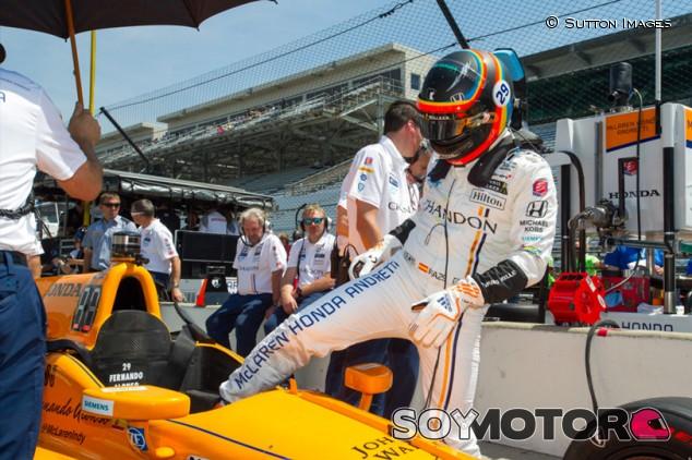 Las opciones de Alonso para correr Indianápolis tras el veto de Honda - SoyMotor.com