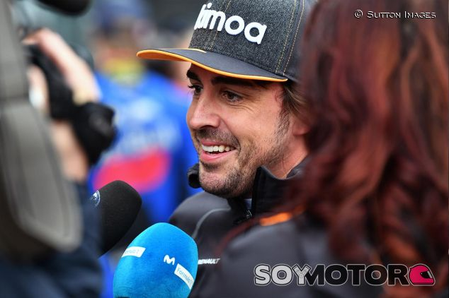 Fernando Alonso en China - SoyMotor