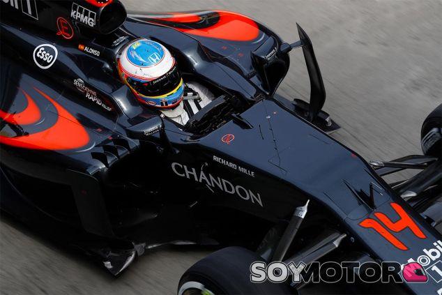 Fernando Alonso durante el Gran Premio de China - LaF1