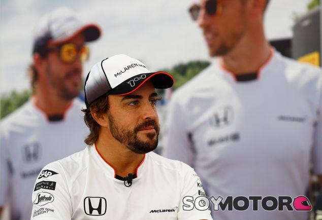 Fernando Alonso en una imagen de archivo de Japón - LaF1