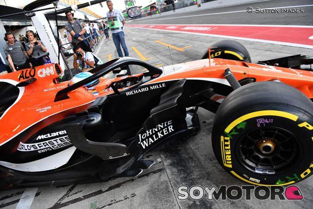 Fernando Alonso prueba el halo en Italia - SoyMotor